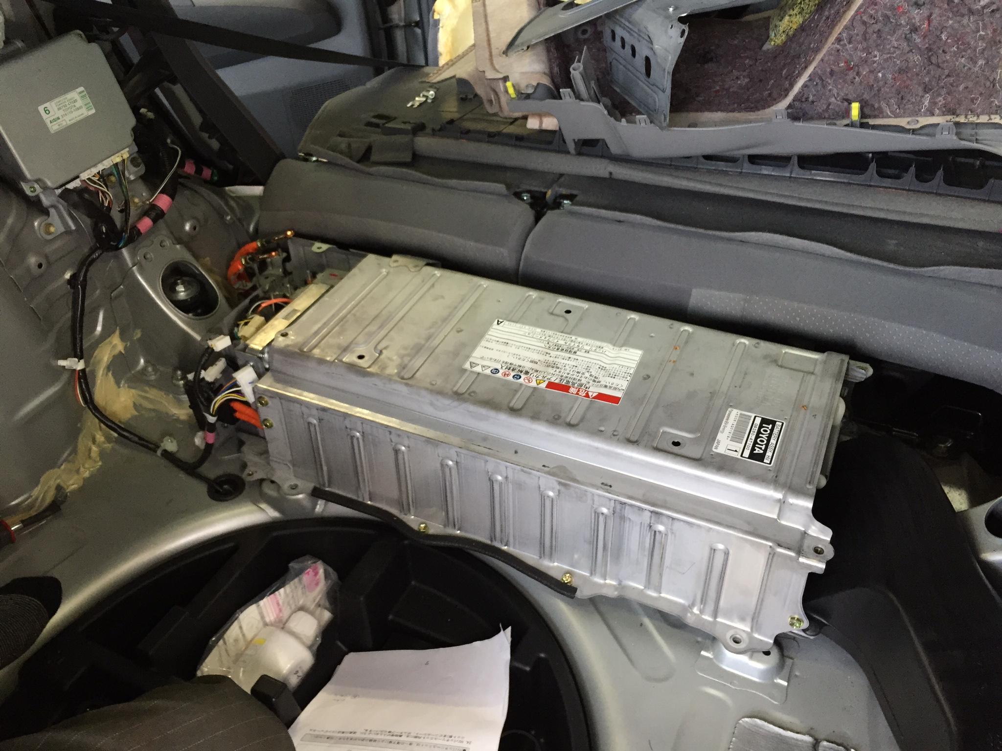 ハイブリッド 車 バッテリー